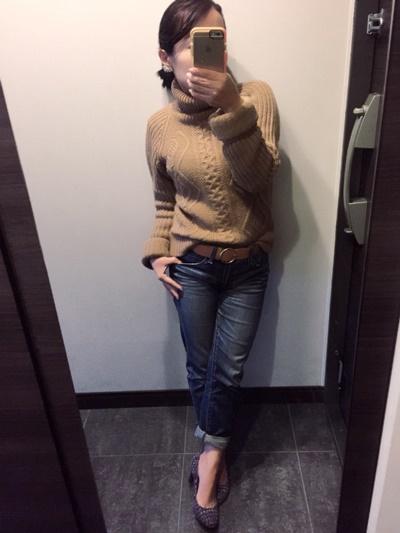 ちょっと失敗したなぁと思ったセーターを今日は着てます!
