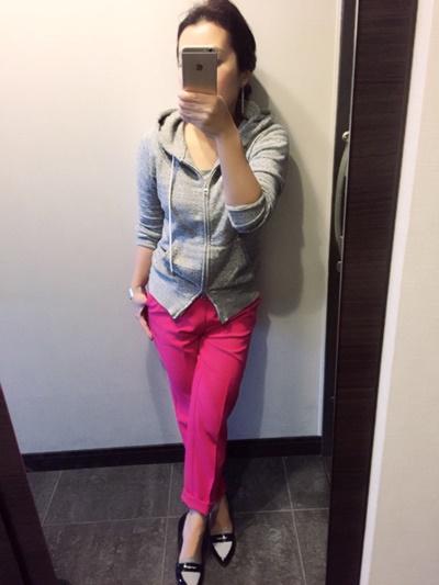 綺麗なピンクでオシャレ度アップ!!GUはパンツラインがとにかく綺麗!