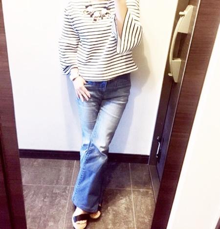 身長が小さくても足長効果でスタイル良く見える!GUのフレアジーンズを買ってみた!