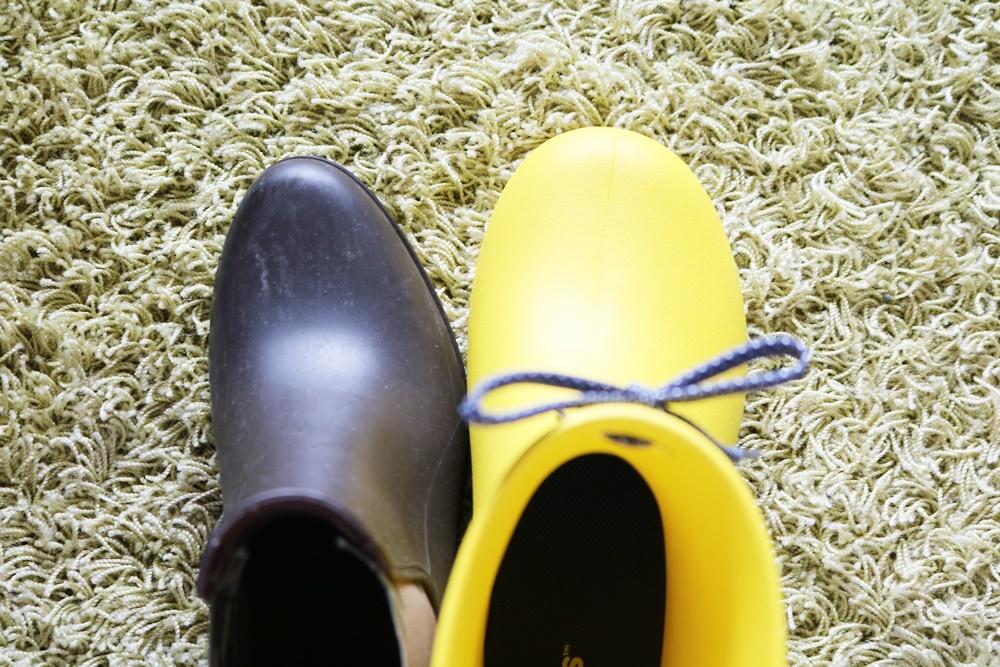 クロックス クロックス フリーセイル ショーティー レイン ブーツ ウィメン 形の比較