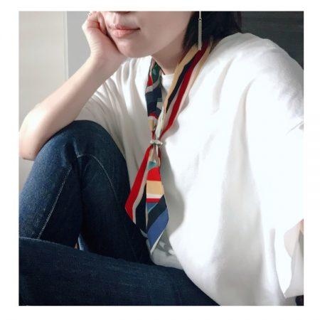 スカーフの結び方で困ってない?結ばなくていいスカーフがオシャレで超便利!