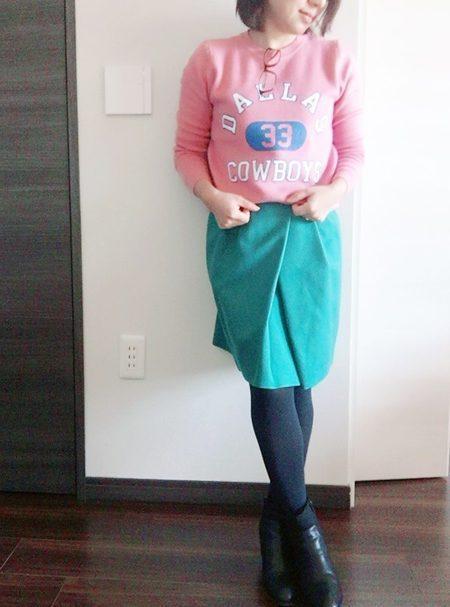 小柄でもピッタリ着れる『ロゴニット』安くて可愛くてこの冬に活躍しそう!