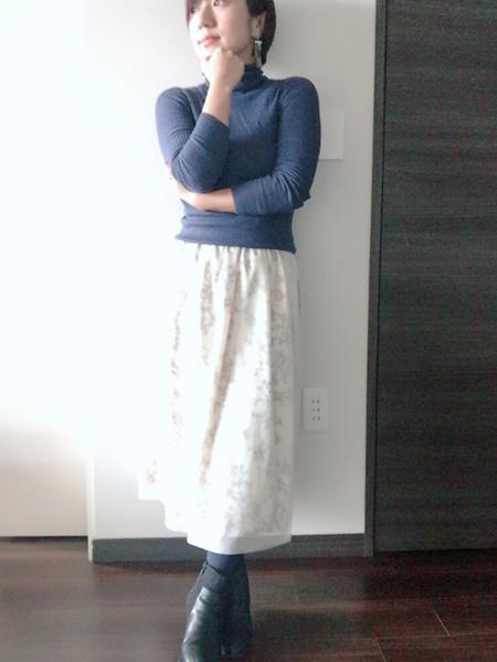 身長144cmの小柄な私が、ファッションレンタルでフリーサイズのミモレ丈に挑戦!