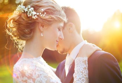 結婚式に出席できる!小さいサイズのマタニティドレスをレンタルしよう!
