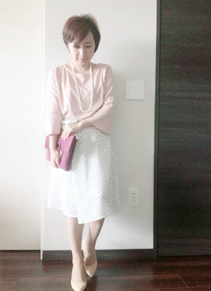 小柄女性 高級レストランコーデ