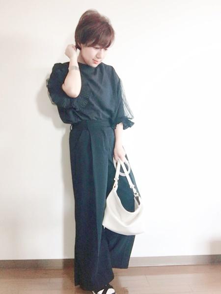 小柄ママモデル『田中亜希子さん』着用のトップスが小柄にピッタリでオシャレ!