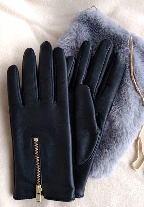 手が小さい人でもピッタリな手袋
