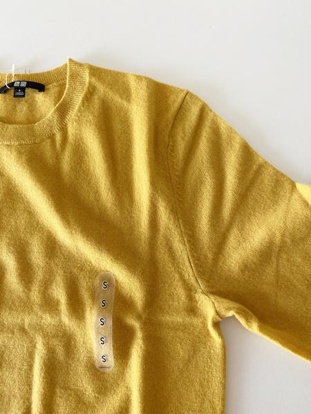 ユニクロカシミヤセーターSサイズ