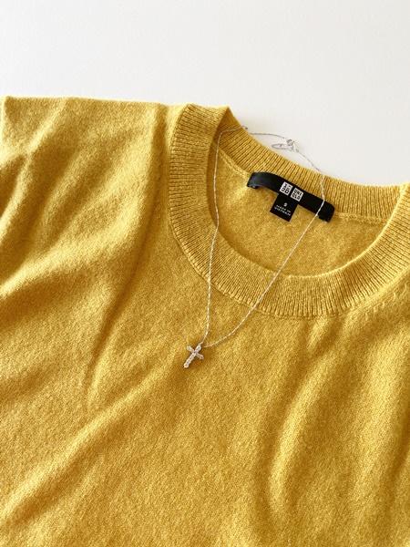 カシミヤセーターに合うネックレス