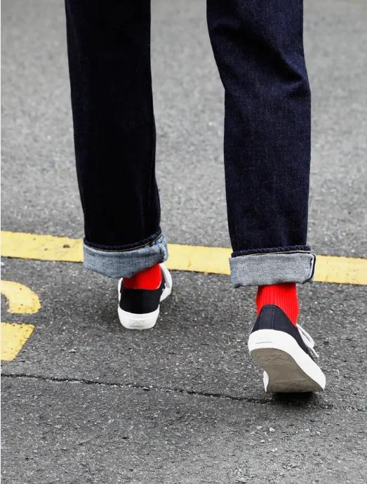 靴下を差し色に使うなら